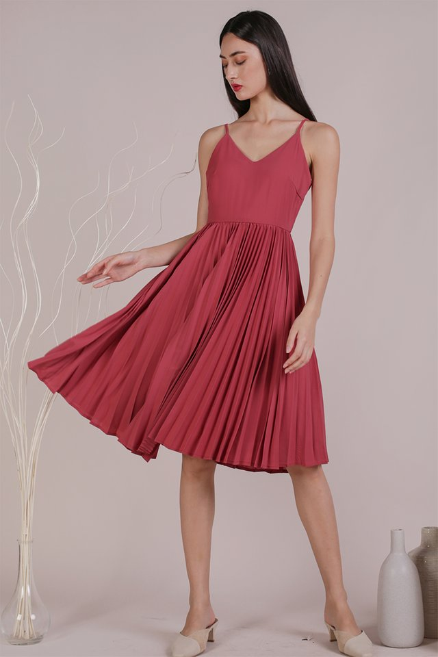 Kiki Pleated Dress (Rose)